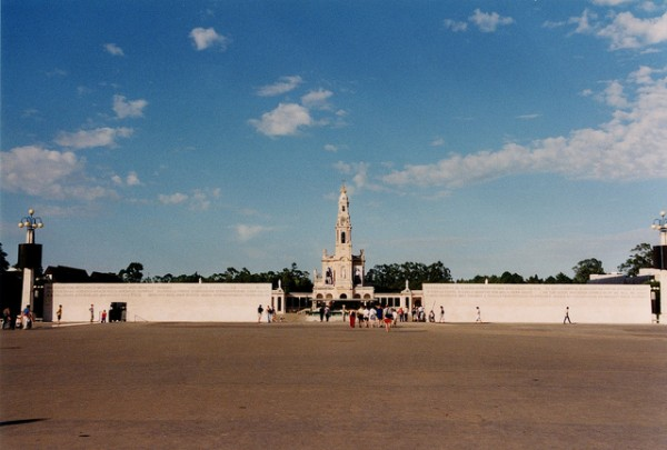 Main access to Fatima, Rafel Miro/Flickr
