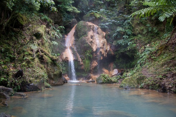 São Miguel, Thermal Spring Waterfall, ©timsackton/Flickr